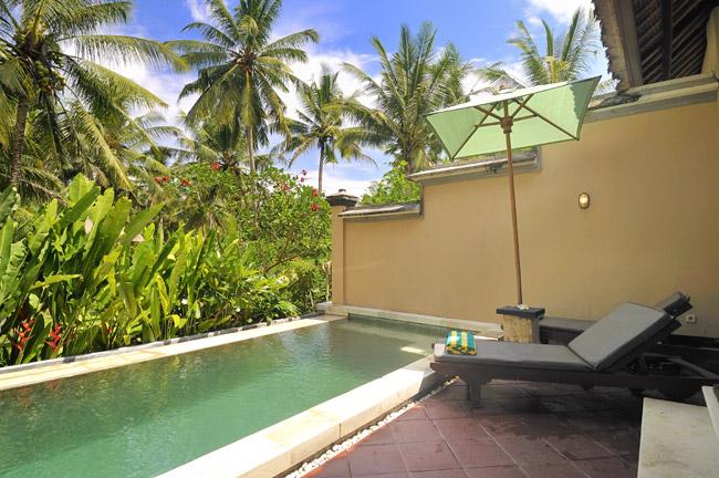 Villa Semana Pool Garden View